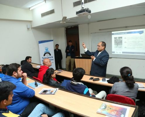 Interactive-session-on-Tyre-Safety-at-Amity-University-6.1